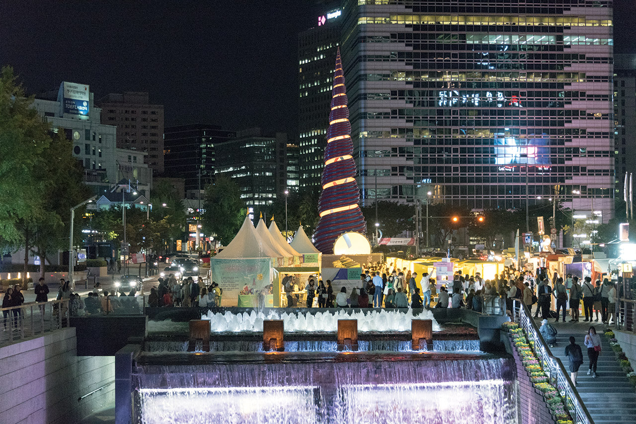 Image result for CHEONGGYECHEON & NIGHT MARKET